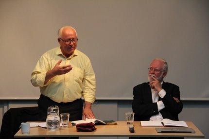 Mehdi Mozzafari og Lars Hedegaard debatterede islamisme. FOTO: Henrik Ræder Clausen